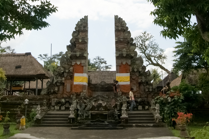 Entrance to Penataran Sasih Temple